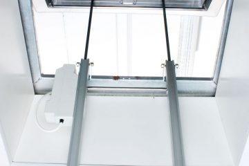 Siłowniki do świetlików dachowych otwieranych – akcesoria Lumiterm