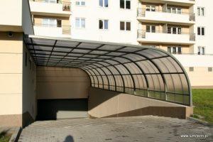Wjazd do parkingu podziemnego